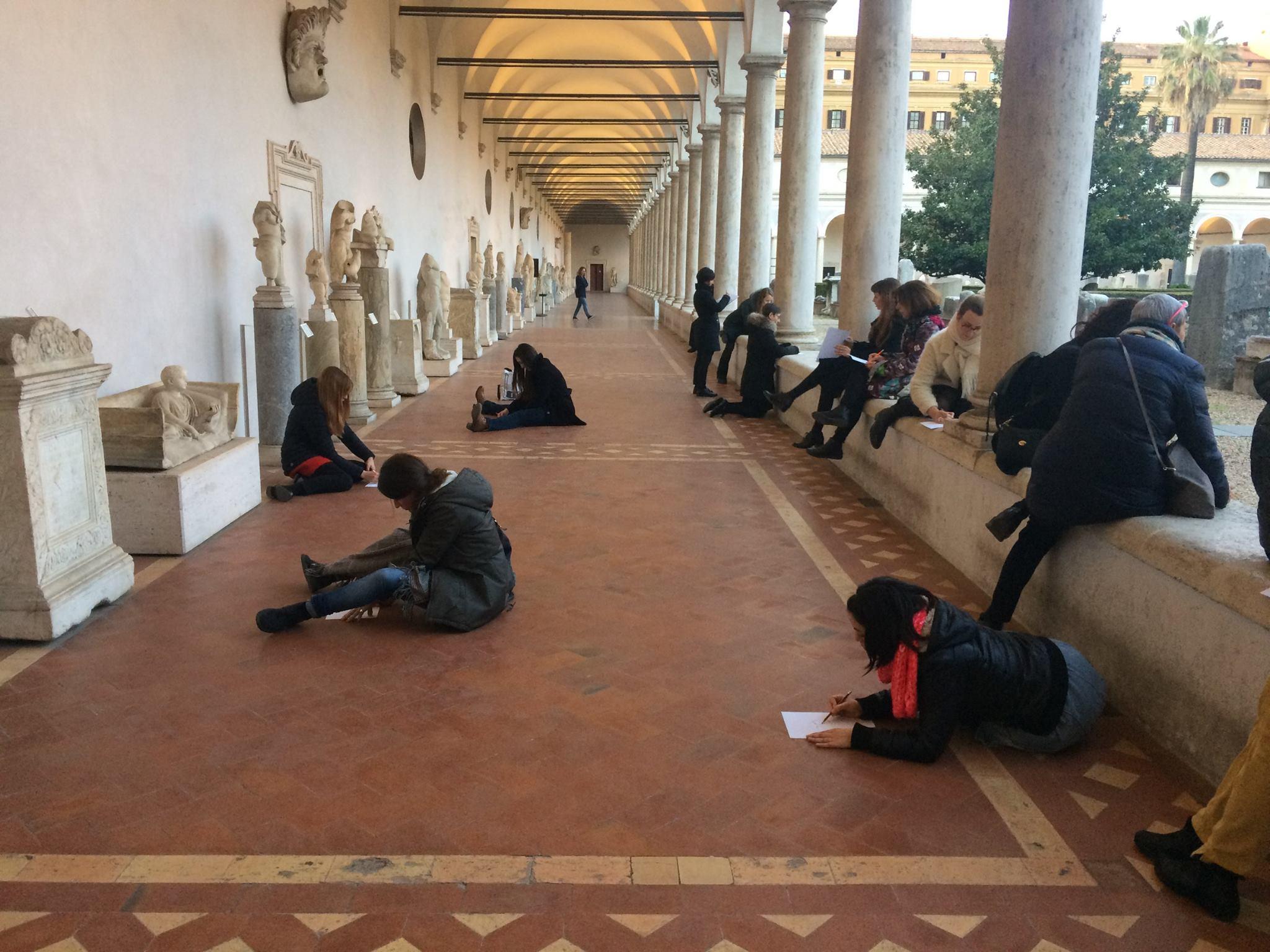Disegnare al museo