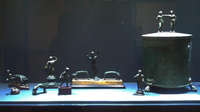 Cista, etruschi, romani